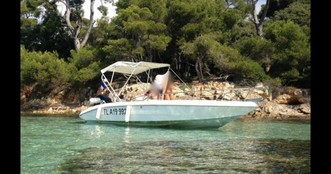 Rental yacht Agay - Plastimo Sharck on SamBoat