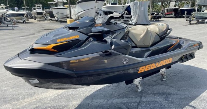 Boat rental Porto Torres cheap GTX 230