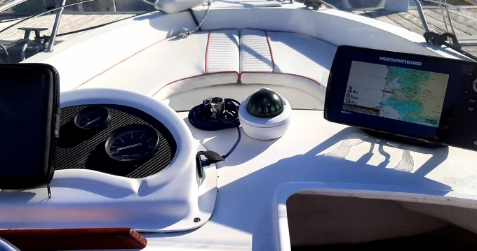 Rental Motorboat Cap-Ferret with a permit