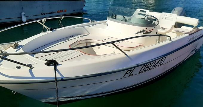 Rental yacht Trébeurden - Cap-Ferret 550 sun deck on SamBoat