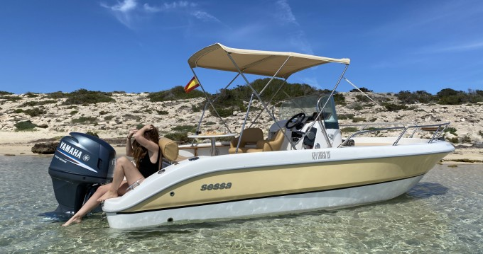 Hire Motorboat with or without skipper Sessa Marine Ibiza Island