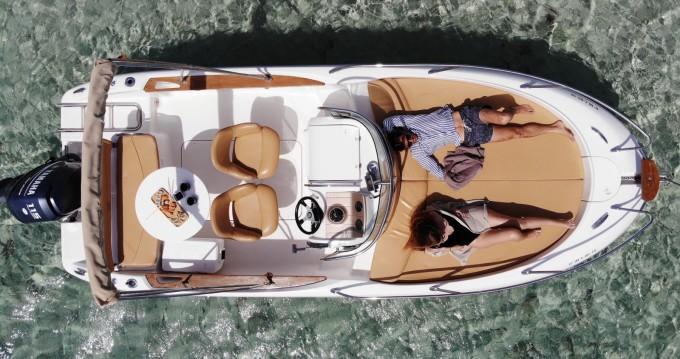 Boat rental Sessa Marine Key Largo 20 in Ibiza Island on Samboat