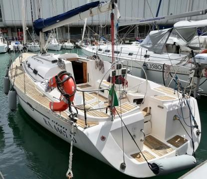 Boat rental Elan Elan 40 in Porto Antico on Samboat