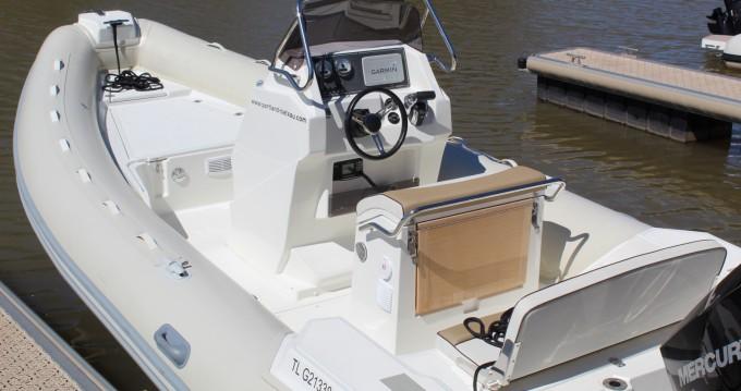 Boat rental Hyères cheap Lomac 660 IN