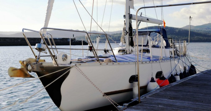 Amica 42 between personal and professional Alicante