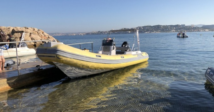 Rental Motorboat Master with a permit