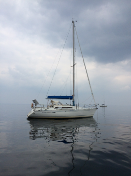 Sailboat for rent Kérity at the best price