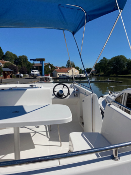 Hire Canal boat with or without skipper Haines Port-sur-Saône