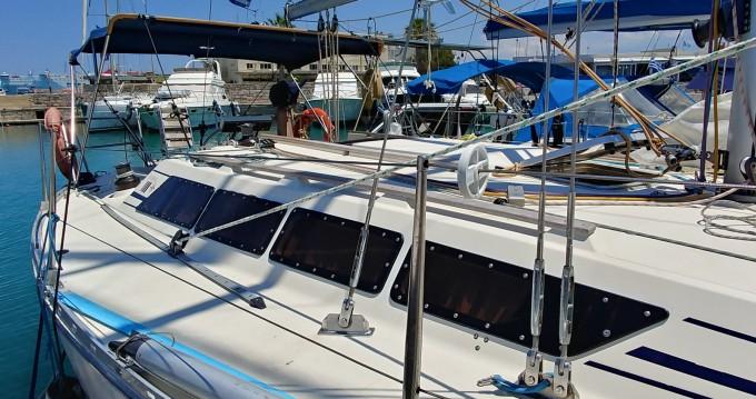 Rental Sailboat in Heraklion - Jeanneau Sun Shine 38