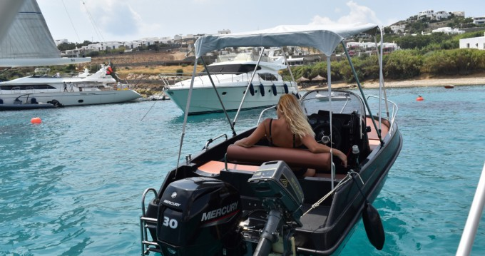 Boat rental LA boat black edition 4.80 in Mykonos (Island) on Samboat