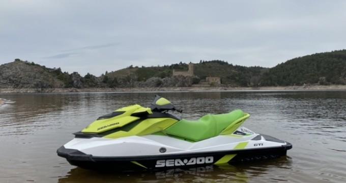 Jet Ski for rent Saint-Victor-sur-Loire at the best price