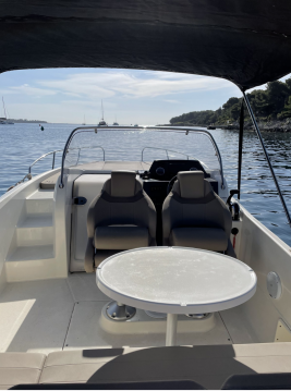 Motorboat for rent Cannes at the best price