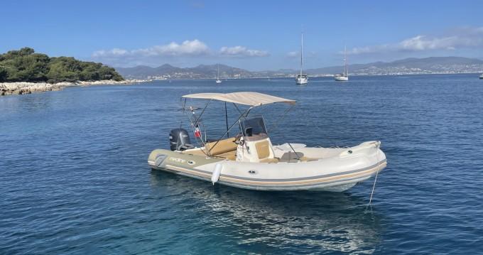 Rental yacht Antibes - Zodiac Medline 650 Neo on SamBoat