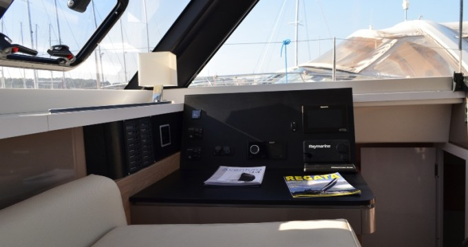 Hire Catamaran with or without skipper  Veruda