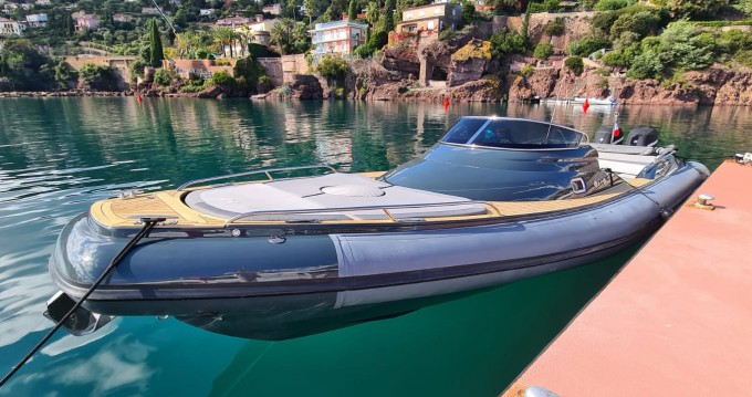 Hire RIB with or without skipper Nuova Jolly Cannes