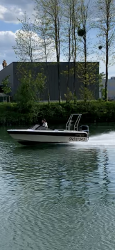 Motorboat for rent Bonneuil-sur-Marne at the best price