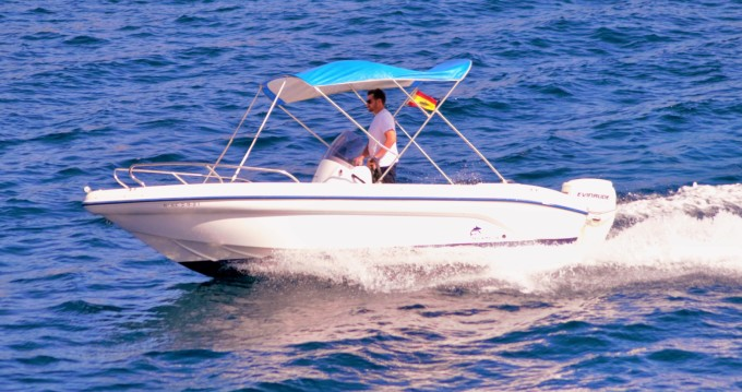 Boat rental Ranieri Shark 19 in Sant Antoni de Portmany on Samboat