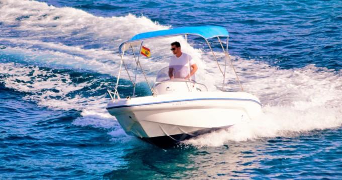 Rental Motorboat in Sant Antoni de Portmany - Ranieri Shark 19