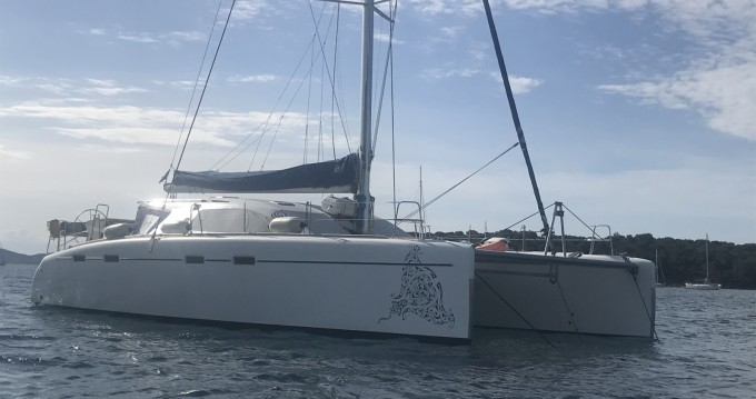 Rental Catamaran in Saint-Mandrier-sur-Mer - Nautitech Nautitech 47