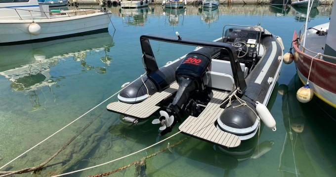 Rental yacht Kissamos - Predator X on SamBoat