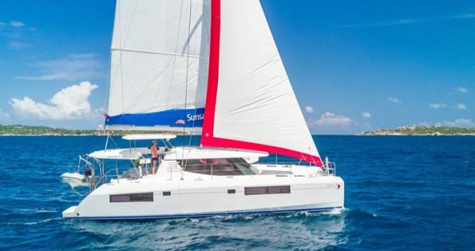 Boat rental Eden Island cheap Sunsail 454L-10