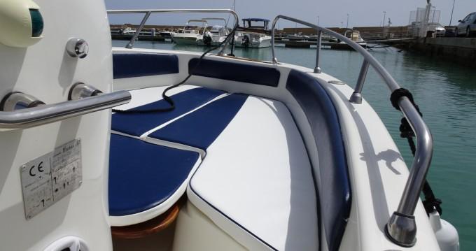 Boat rental Bluline 19 Open in Province of Agrigento on Samboat
