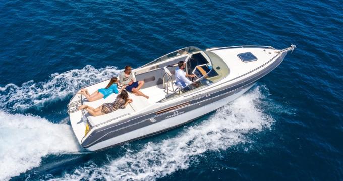 Boat rental Cranchi Clipper 760 in Sorrento on Samboat
