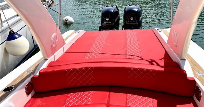 Boat rental Port Grimaud cheap W10
