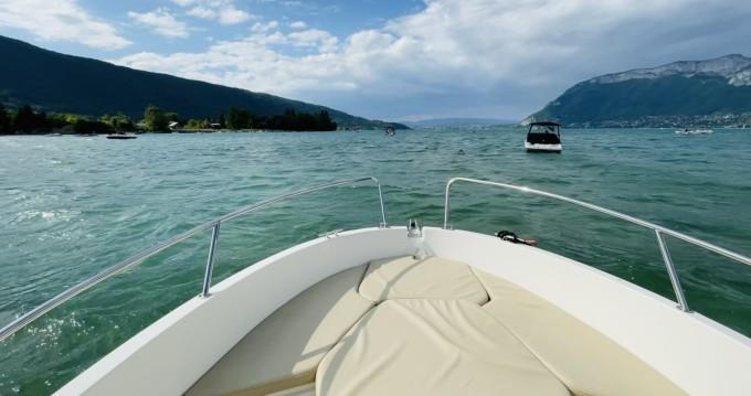 Boat rental Jeanneau Cap Camarat 555 Style in Sevrier on Samboat