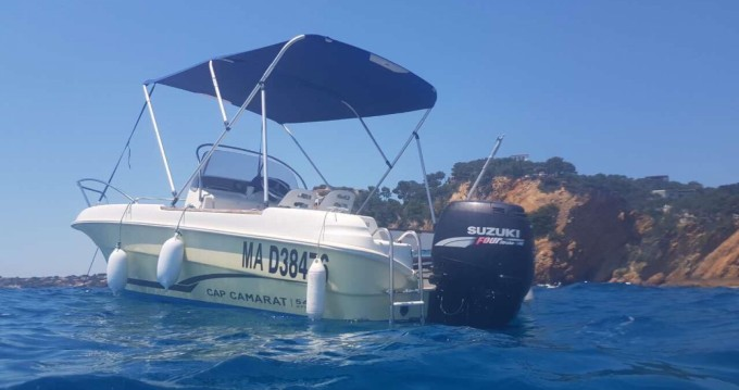Motorboat for rent Martigues at the best price