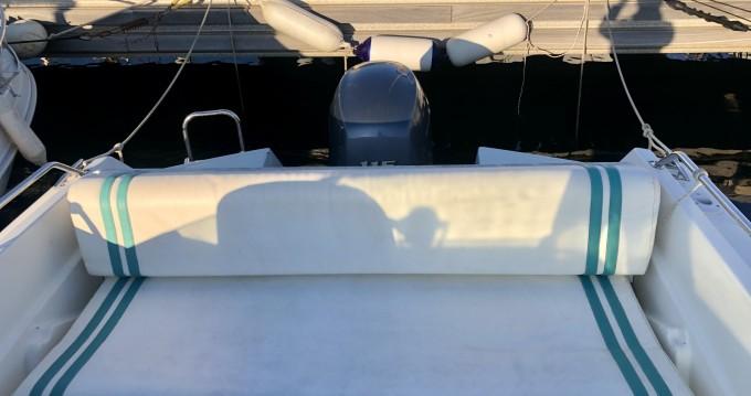 Rental Motorboat in Six-Fours-les-Plages - Bénéteau Flyer 5