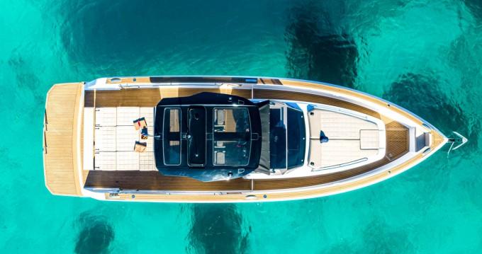 Rent a Pardo Yachts Pardo 38 Cannes