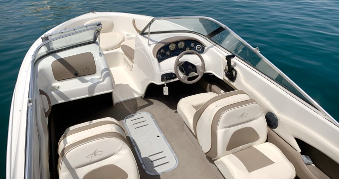 Hire Motorboat with or without skipper Monterey Puerto Deportivo Estepona