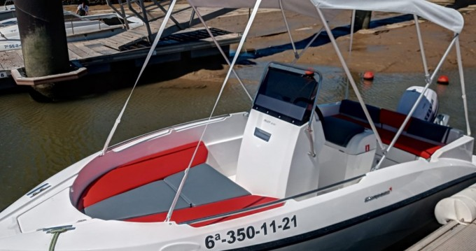Hire Motorboat with or without skipper Compass La Antilla