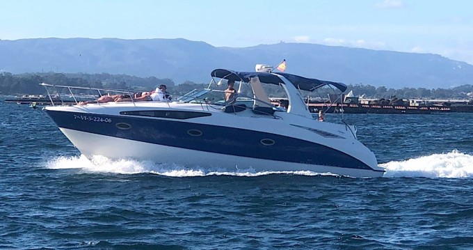 Motorboat for rent Sanxenxo at the best price