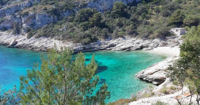Boat rental Dubrovnik cheap Justin 10 MOD