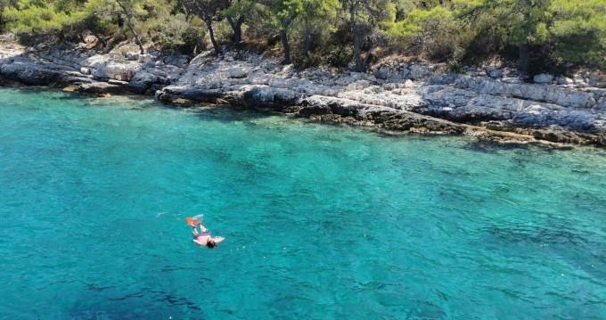 Rental yacht Dubrovnik - Elan Justin 10 MOD on SamBoat