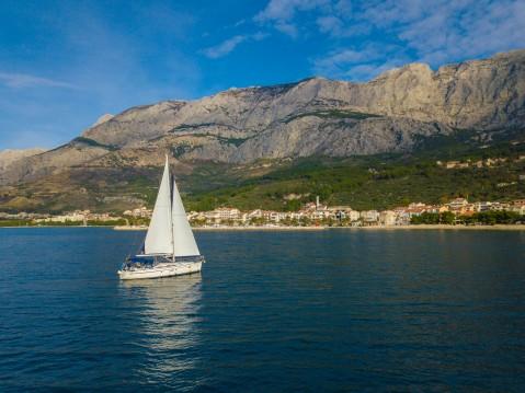 Boat rental Bavaria Bavaria 40 Cruiser in Tučepi on Samboat