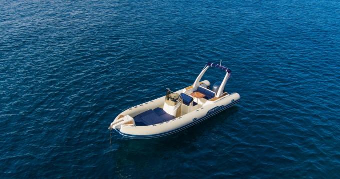 Boat rental Capelli Tempest 770 in Mandelieu-la-Napoule on Samboat