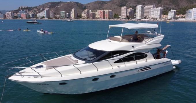 Boat rental Astondoa Astondoa 45 GLX in Puerto Banús on Samboat