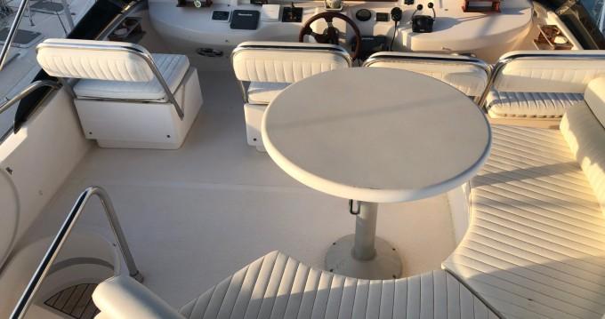 Rental Motorboat in Puerto Banús - Astondoa Astondoa 45 GLX