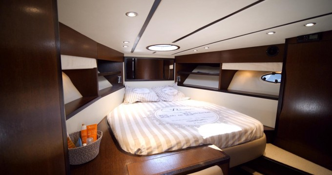 Arcoa Arcoa 42 Open between personal and professional Cannes
