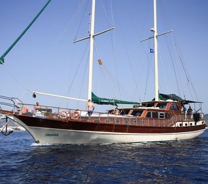 Custom Ketch between personal and professional Kaş