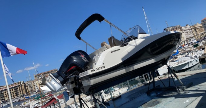 Boat rental Quicksilver Activ 605 Open Pack Sport in Old Port of Marseille on Samboat