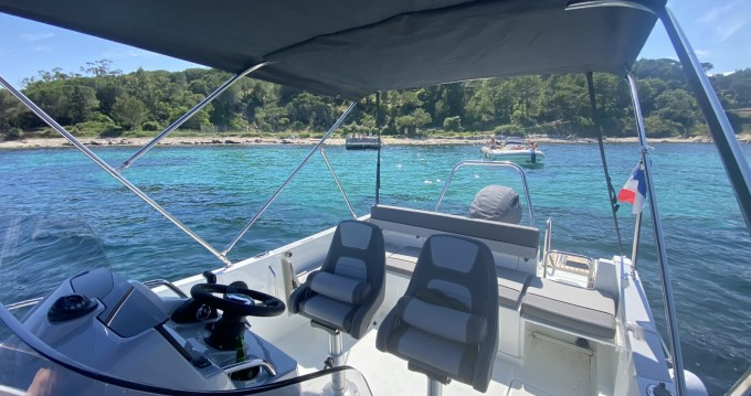 Boat rental Jeanneau Cap Camarat 7.5 Style in Fréjus on Samboat