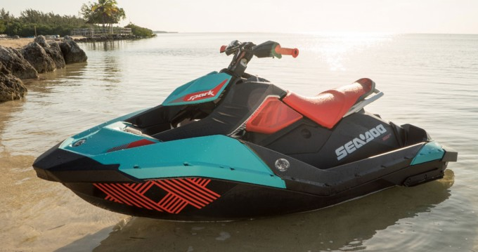 Hire Jet Ski with or without skipper Sea-Doo Ajaccio