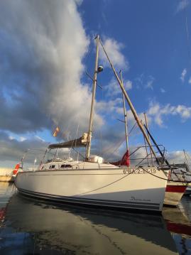 Hire Sailboat with or without skipper Delphia l'Ametlla de Mar