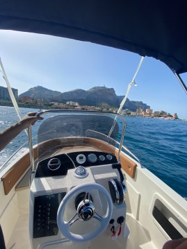 Hire Motorboat with or without skipper TRIMARCHI Porto di Balestrate