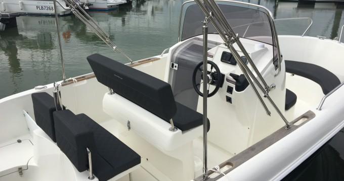 Boat rental Les Minimes cheap Aston 21