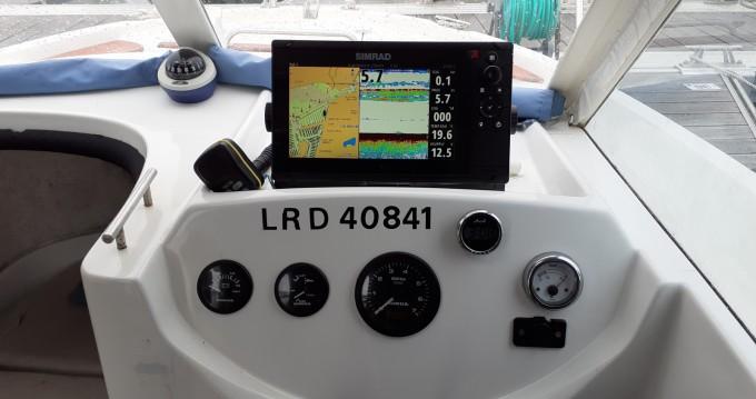 Boat rental La Rochelle cheap Antares 620 HB